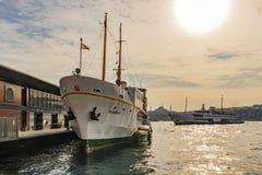 πόλη όπου οι ήπειροι συναντιούνται άποψη και εικονική παράσταση πόλης πόλεων από την Κωνσταντινούπολη στοκ εικόνες με δικαίωμα ελεύθερης χρήσης