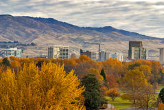 Πόλη Boise Idaho με τα χρώματα φθινοπώρου στοκ εικόνες με δικαίωμα ελεύθερης χρήσης
