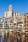 Πόλη Girona στον ποταμό Onyar Στοκ Εικόνα