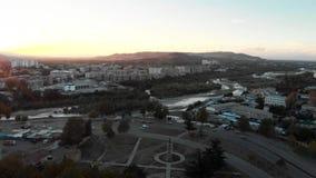 Πόλη Gori στην πτήση κηφήνων πατρίδας 4K της Γεωργίας Στάλιν απόθεμα βίντεο