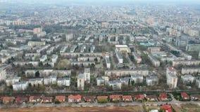 Πόλη Ploiesti, Ρουμανία, εναέριο μήκος σε πόδηα βόρεια πλευρών απόθεμα βίντεο