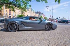 Πόλη Stocholm, Σουηδία Αποκλειστικό αυτοκίνητο Lamborgini στην οδό Αστικός στοκ εικόνες