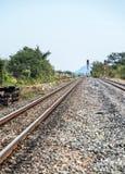 Πόλος σημάτων κυκλοφορίας στο ναυπηγείο σιδηροδρόμων στοκ φωτογραφίες