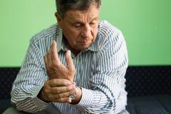 Πόνος καρπών στοκ φωτογραφία με δικαίωμα ελεύθερης χρήσης