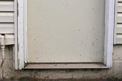 πόρτα έξω Στοκ εικόνα με δικαίωμα ελεύθερης χρήσης