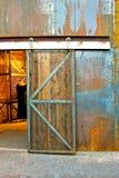 πόρτα βιομηχανική Στοκ φωτογραφία με δικαίωμα ελεύθερης χρήσης
