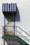 πόρτα βιομηχανική Στοκ φωτογραφίες με δικαίωμα ελεύθερης χρήσης