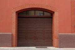 Πόρτα γκαράζ Στοκ φωτογραφία με δικαίωμα ελεύθερης χρήσης