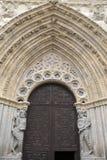 Πόρτα και είσοδος της εκκλησίας καθεδρικών ναών  Avila Στοκ φωτογραφία με δικαίωμα ελεύθερης χρήσης