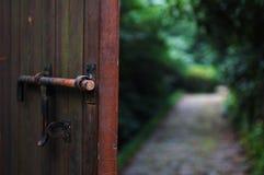 Πόρτα και εξωτερικό στοκ φωτογραφίες με δικαίωμα ελεύθερης χρήσης