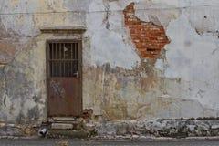 Πόρτα και τοίχος Στοκ Εικόνα