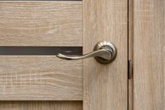 Πόρτα χάλυβα, ξύλινη περιποίηση στοκ φωτογραφία με δικαίωμα ελεύθερης χρήσης