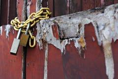 πόρτα που κλειδώνεται Στοκ φωτογραφία με δικαίωμα ελεύθερης χρήσης