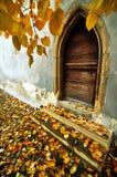 Πόρτα, σε μια γοτθική εκκλησία στην Τρανσυλβανία Στοκ Εικόνα