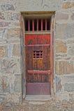 Πόρτα σπιτιών φυλακών στοκ φωτογραφία με δικαίωμα ελεύθερης χρήσης