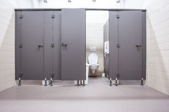 Πόρτες από τις τουαλέτες Στοκ φωτογραφίες με δικαίωμα ελεύθερης χρήσης