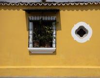 Πόρτες και καταχωρήσεις στη Αντίγκουα Γουατεμάλα στοκ εικόνες