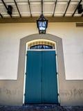 Πόρτες παραθυρόφυλλων στη γαλλική συνοικία 1 Στοκ Φωτογραφίες