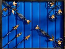 Πόρτες πυλών επεξεργασμένου σιδήρου Στοκ Εικόνες