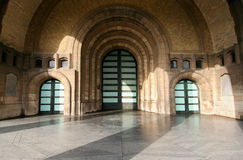 πόρτες τρία στοκ φωτογραφία με δικαίωμα ελεύθερης χρήσης