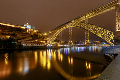 Πόρτο Η Don Luis γέφυρα τη νύχτα Στοκ Φωτογραφίες
