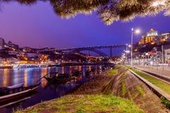 Πόρτο Η Don Luis γέφυρα τη νύχτα Στοκ Φωτογραφία