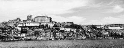 Πόρτο Πορτογαλία Πανοραμική άποψη των ζωηρόχρωμων παλαιών σπιτιών Στοκ φωτογραφίες με δικαίωμα ελεύθερης χρήσης