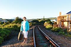 Πότε το τραίνο έρχεται! Βιάζομαι στοκ φωτογραφία με δικαίωμα ελεύθερης χρήσης
