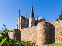 Πόλης τοίχοι και επισκοπικό παλάτι Astorga Στοκ Εικόνες