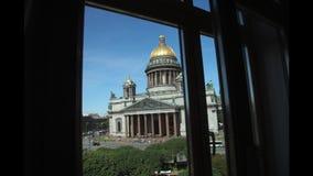 Πόλη Άγιος-Πετρούπολη και καθεδρικός ναός Isaacs timelapse απόθεμα βίντεο