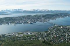 Πόλη βόρεια του αρτικού κύκλου Στοκ φωτογραφίες με δικαίωμα ελεύθερης χρήσης