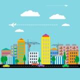 Πόλη με τα σπίτια, τα αυτοκίνητα, το γερανό και το αεροπλάνο Επίπεδο σχέδιο διάνυσμα Στοκ Εικόνες