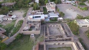 Πόλη με την αρχαιολογική περιοχή απόθεμα βίντεο