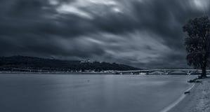 πόλη πέρα από τη θύελλα Στοκ Εικόνα