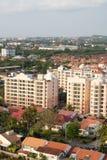 Πόλη που πλημμυρίζουν με το χρυσό ήλιο στοκ φωτογραφία με δικαίωμα ελεύθερης χρήσης