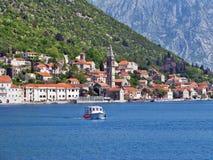 πόλη προστασίας του Μαυροβουνίου perast κάτω από την ΟΥΝΕΣΚΟ Στοκ Εικόνες