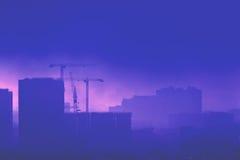 Πόλη στο myst Στοκ εικόνες με δικαίωμα ελεύθερης χρήσης