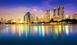 Πόλη της Μπανγκόκ στο κέντρο της πόλης στοκ εικόνες