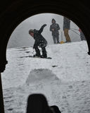 1/23/16, πόλη της Νέας Υόρκης: Η χειμερινή θύελλα Ιωνάς φέρνει τα snowboarders στο πάρκο Στοκ εικόνα με δικαίωμα ελεύθερης χρήσης