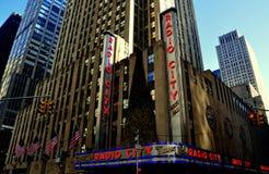 Πόλη της Νέας Υόρκης: Ραδιο μέγαρο μουσικής πόλεων Στοκ εικόνα με δικαίωμα ελεύθερης χρήσης