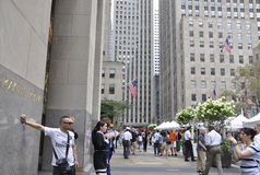 Πόλη της Νέας Υόρκης, στις 3 Αυγούστου: Αγορά σφονδύλων στο Rockefeller Plaza στο Μανχάταν στην πόλη της Νέας Υόρκης Στοκ Φωτογραφίες