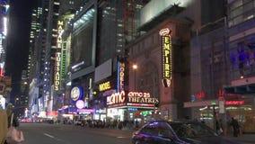 Πόλη της Νέας Υόρκης τη νύχτα μέσα απόθεμα βίντεο