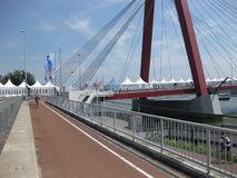 Πόλη του Ρότερνταμ γεφυρών Willems (Willemsbrug) Στοκ Εικόνες