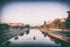 Πόλη των ΝΑΚ riverbank, ΝΑΚ, Σερβία Στοκ Εικόνες
