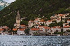 Πόλη Perast στον κόλπο Kotorska στο Μαυροβούνιο Στοκ Εικόνες