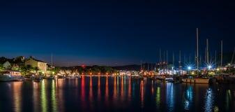 Πόλη Rab κατά τη διάρκεια της μπλε ώρας Στοκ εικόνα με δικαίωμα ελεύθερης χρήσης