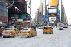Πόλη Times Square της Νέας Υόρκης στο χιόνι Στοκ εικόνες με δικαίωμα ελεύθερης χρήσης