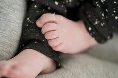 πόδια λίγα γλυκά Στοκ εικόνα με δικαίωμα ελεύθερης χρήσης