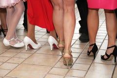 Πόδια και χορεύοντας γυναίκες παπουτσιών Στοκ εικόνα με δικαίωμα ελεύθερης χρήσης