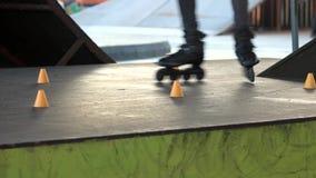 Πόδια στα ευθύγραμμα σαλάχια φιλμ μικρού μήκους
